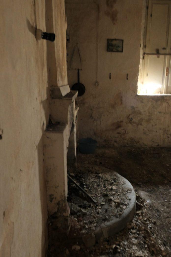 Ruin Flipper, San ta Domenica Talao, Calabria, Italy